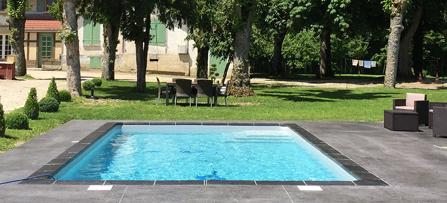 Contour de piscine en béton ARTICIMO Imprimé